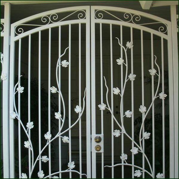 Cool Iron Gate Door Locks Label Gate Lock Dekorasi