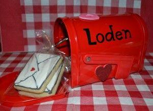 Valentines Day Mailbox Personalized Custom Mailbox Kids Mailbox Valentine Mailbox Teacher Valentines Day Envelope Mailbox Class Mailbox Envelope /…