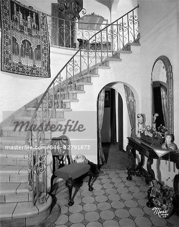 Best Vintage 1930 S Staircases 1920S Interior Staircase 400 x 300