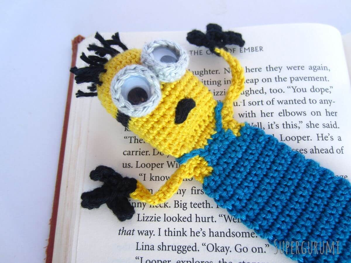 Amigurumi Crochet Books : Amigurumi crochet minion bookmark needle art pinterest crochet