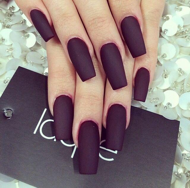 Matte black nails | nails | Pinterest | Diseños de arte en uñas ...