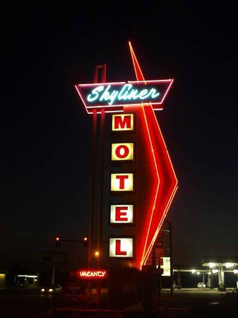 awesome neon sign at night picture of skyliner motel stroud