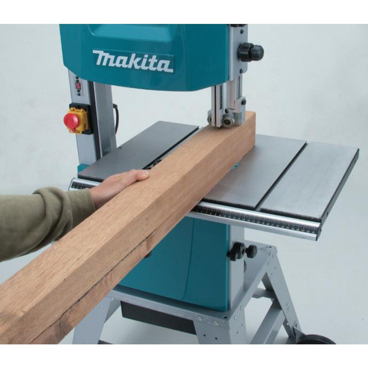 Sierra de cinta makita lb1200f herramientas makita - Sierras electricas para madera ...
