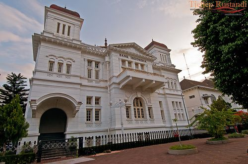 Heritage Building Bank Indonesia Jogjakarta Colonial