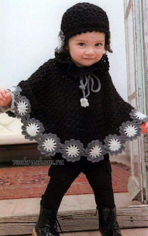 Love the flowers on the bottom! | Baby | Pinterest | Ponchos, Tejido ...