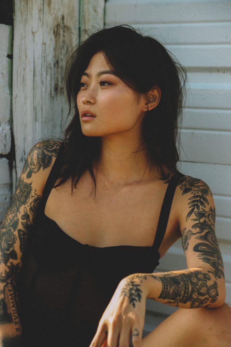 sexy tattooed asian lesbian