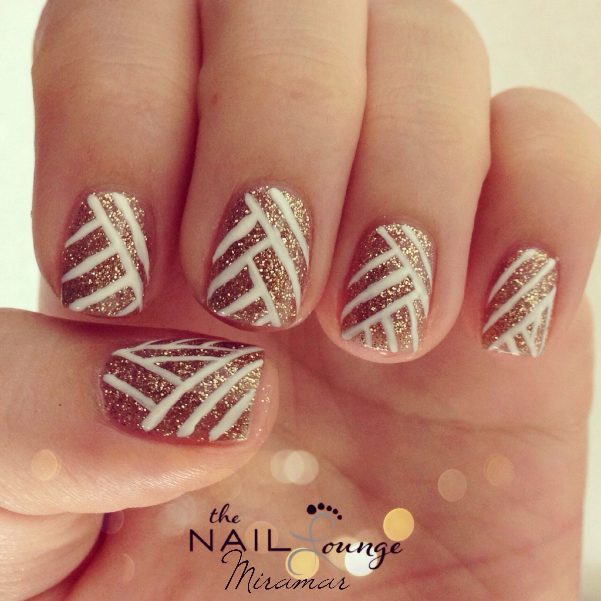 Gold glitter New Year\'s Eve nails | Nail Art | Pinterest | Gold ...