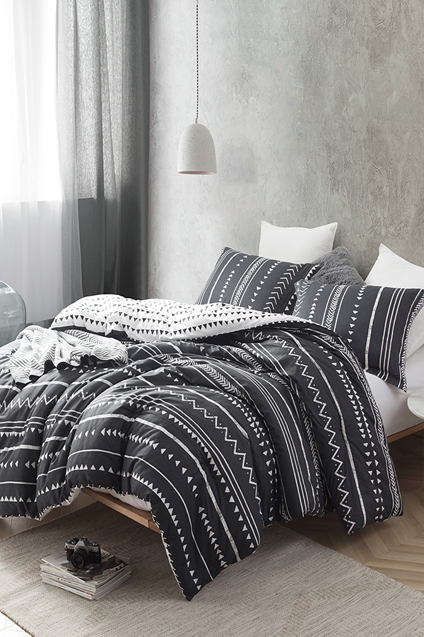 Trinity Black And White Twin Xl Comforter King Comforter Sets King Comforter Oversized King Comforter