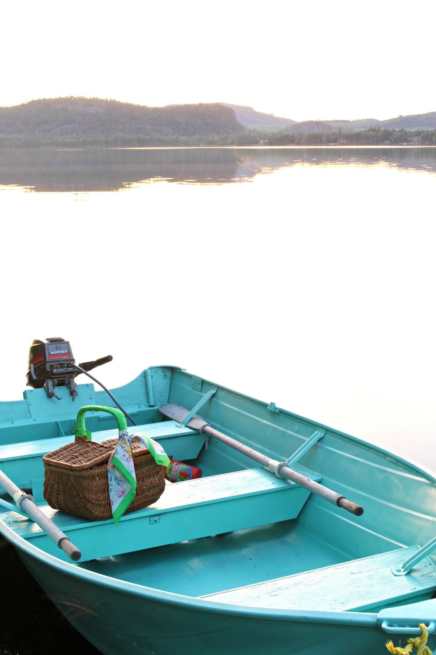 I spray painted a boat turquoise boat makeover sponsored