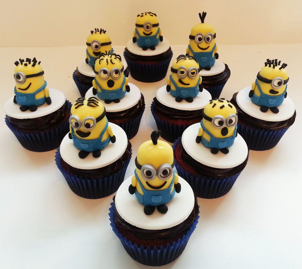 Hello Cakes By Vanessa Miami Beach Fl United States Minion Cupcakes