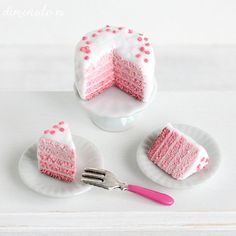 Miniature cake: pink ombre cake 1/12 scale  by DiminutoTheShop
