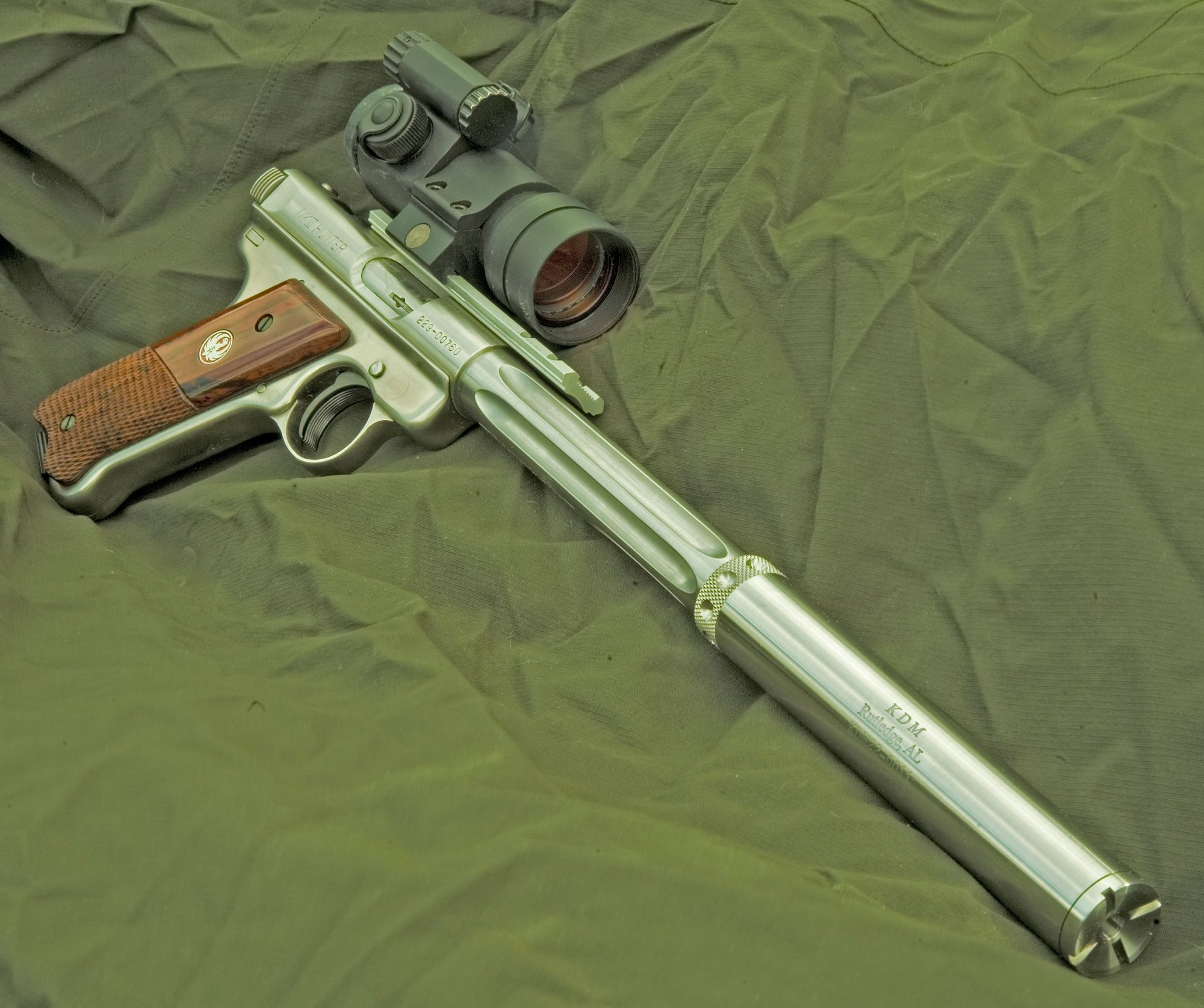 Weapons Wednesday - Ruger Mk.III Hunter Find our speedloader now! http://www.amazon.com/shops/raeind