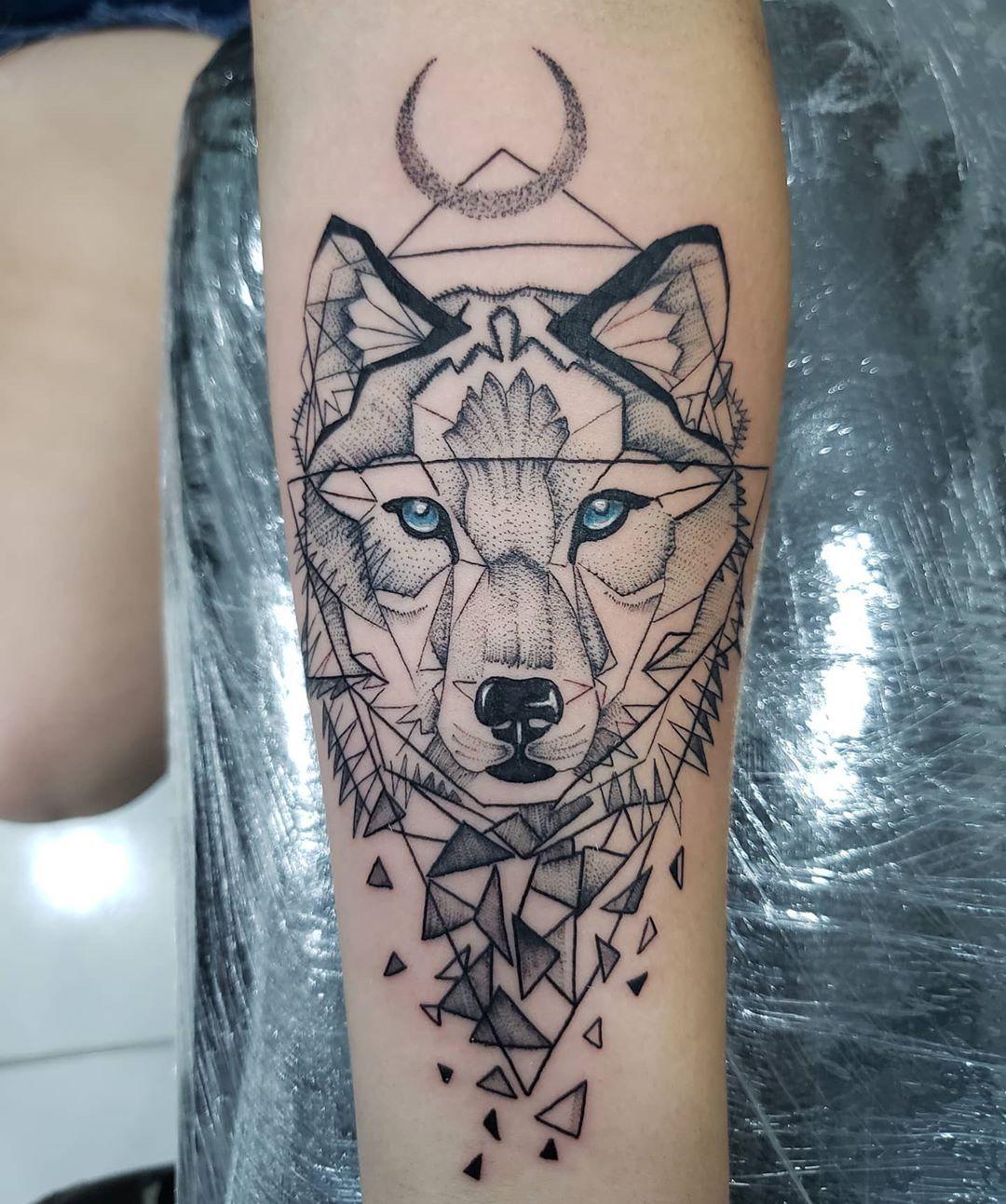 """murilo pereira da silva on Instagram: """"Obrigado @mayriinhaalmeidaa Pela confiança e que venham as próximas Apoio @dns.slv @nucleo.tattoo #tattoolover #tattoosocial…"""""""