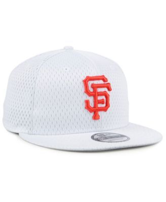 separation shoes 4acea 1e9c6 New Era San Francisco Giants Batting Practice Mesh 9FIFTY Snapback Cap -  White Adjustable