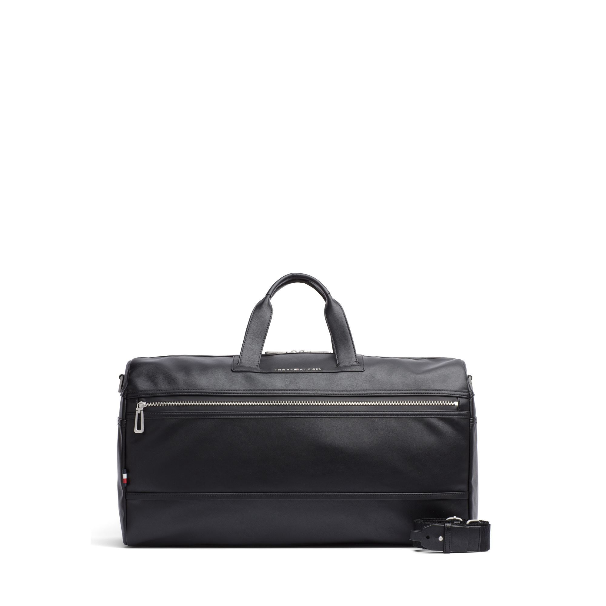 bfc63b5e TOMMY HILFIGER CITY DUFFLE BAG - BLACK. #tommyhilfiger #bags #leather  #travel bags #weekend #