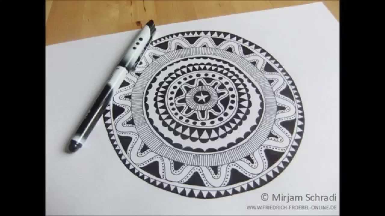 Mandala Malen Anleitung Fur Ein Schwarz Weiss Mandala Du Brauchst Dafur Nur 1 Batt Papier Un Mandala Malen Anleitung Mandalas Zeichnen Mandalas Zum Ausdrucken