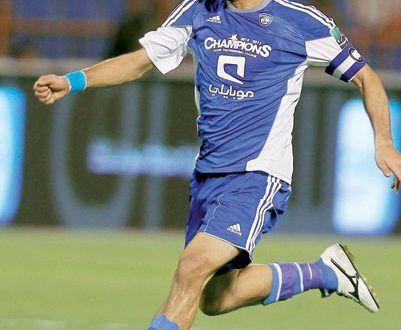 صور ياسر القحطاني لاعب الهلال رمزيات وخلفيات Hd ميكساتك Photo Sports Sports Jersey