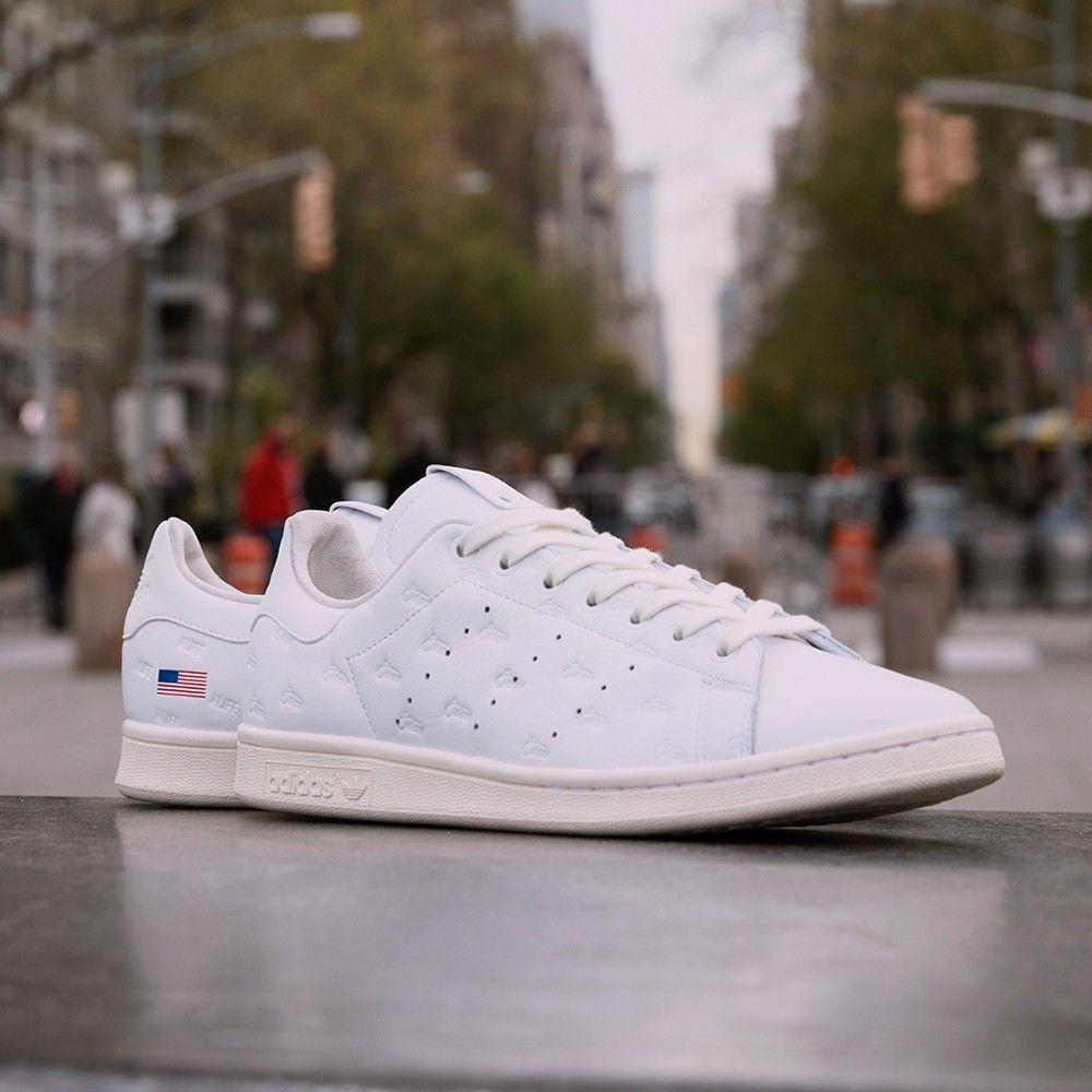 Adidas Consortium Sneaker Exchange Alife x Starcow Stan