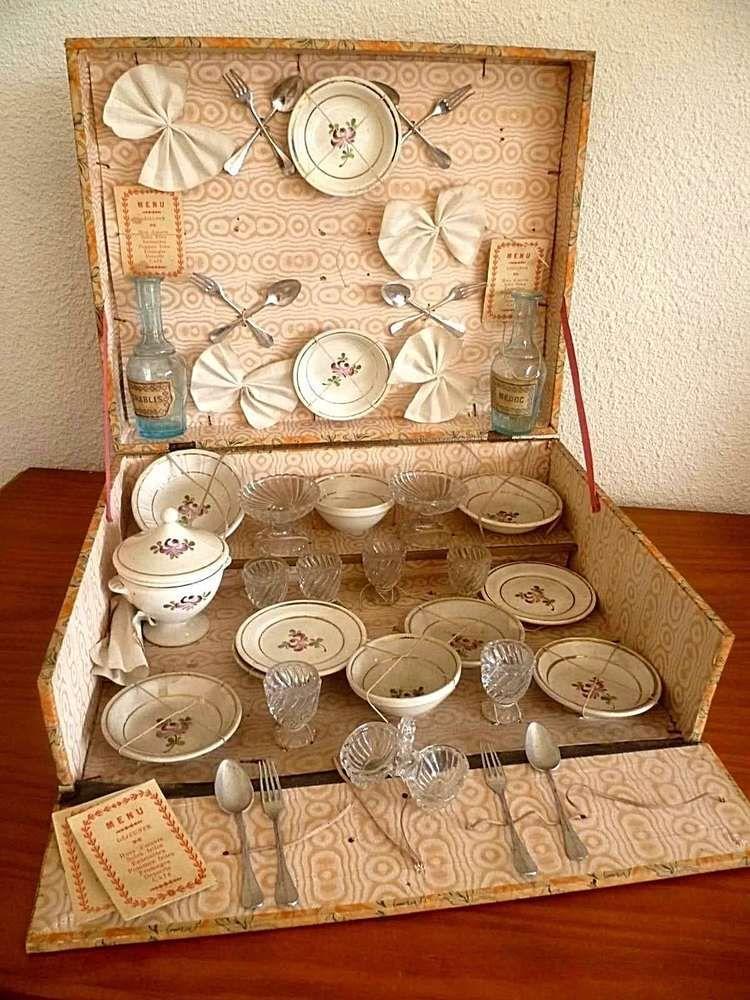 ancienne avec coffret XIX em porcelaine verre