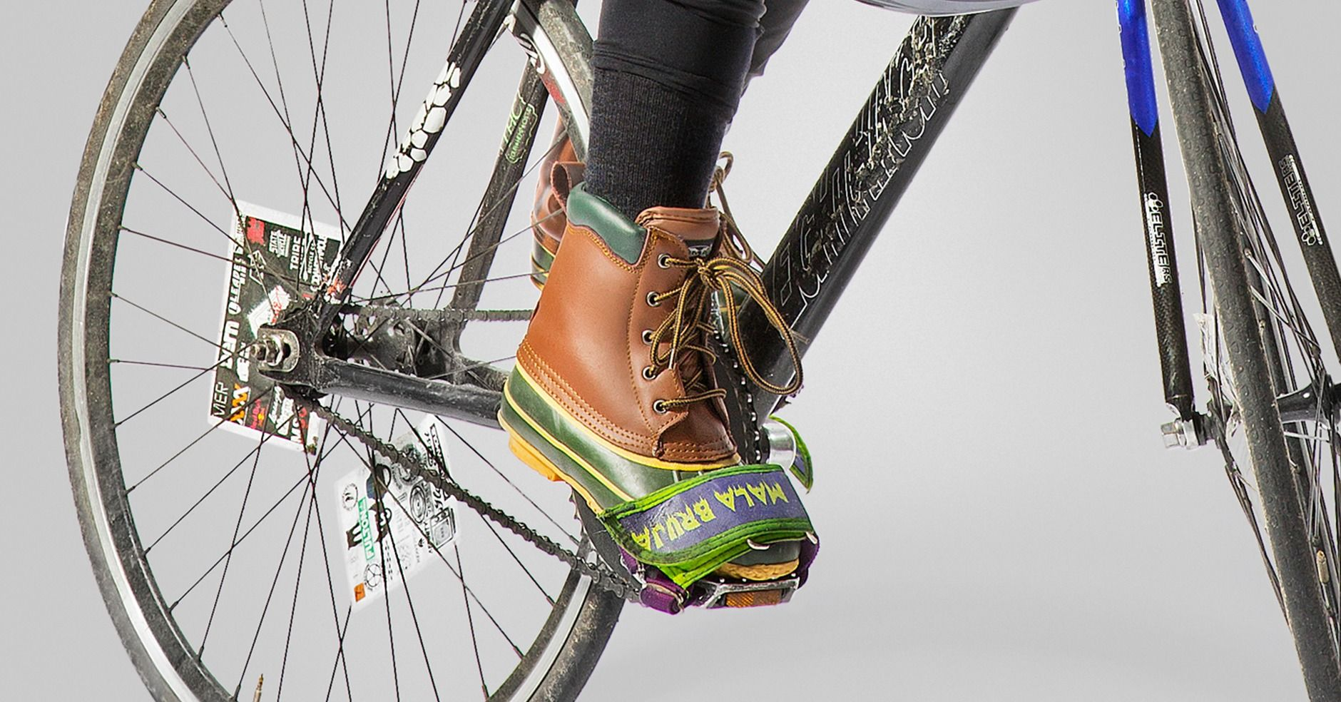How A Bike Messenger Gears Up For Cycling In Winter Hopes Fears