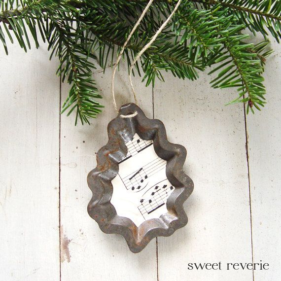 Rusty Vintage Holly Leaf Tart Mold with Sheet Music - Christmas Holiday Ornament. Now available in my Etsy shop, Sweet Reverie: asweetreverie.etsy.com. $5