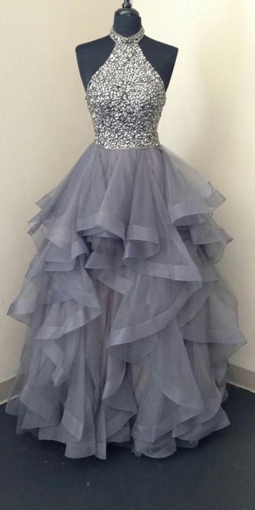 Funkelnde Perlen langes Abendrobe Fahion stark Tüll Perlen Schulhaus Dan#design #model #dress #shoes #heels #styles #outfit #purse #jewelry #shopping #glam #love #amazing #style #swag
