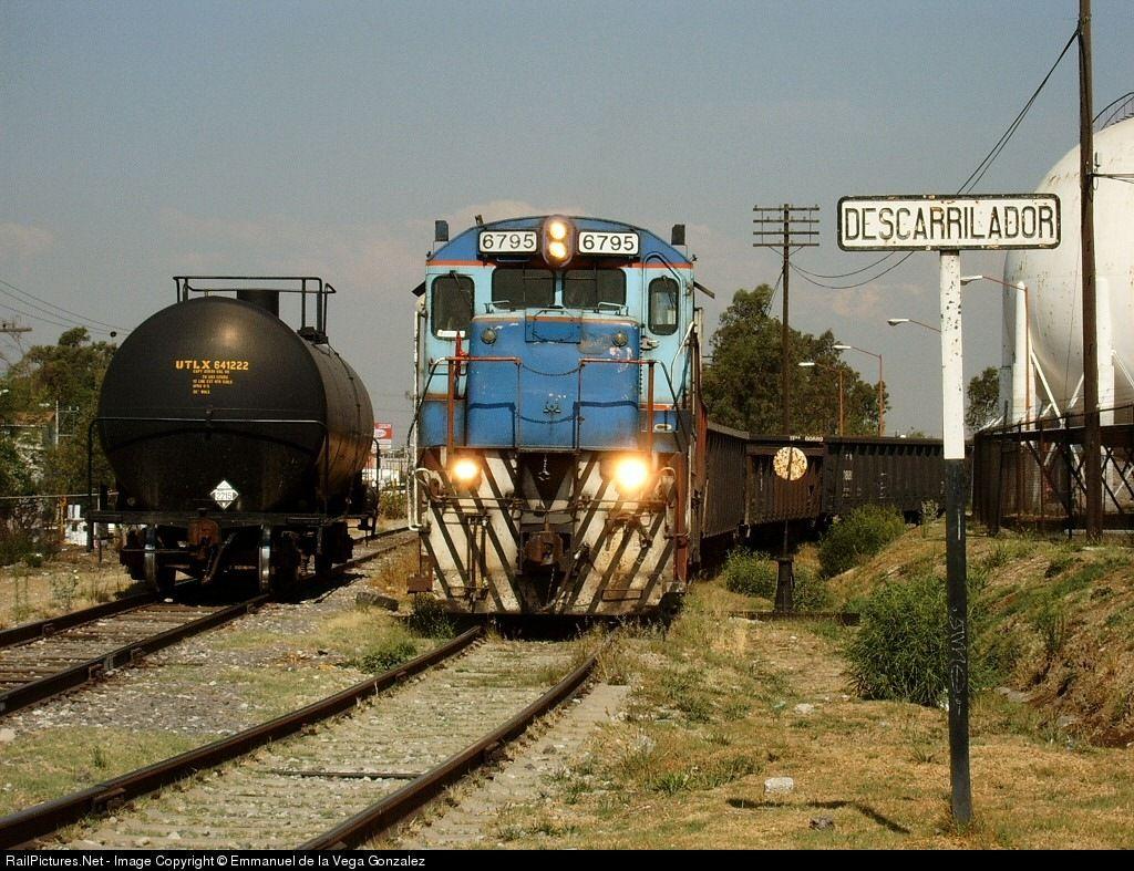 RailPictures.Net Photo: FNM 6795 Ferro Sur GE C30-7 at Puebla / PUE, Mexico by Emmanuel de la Vega Gonzalez