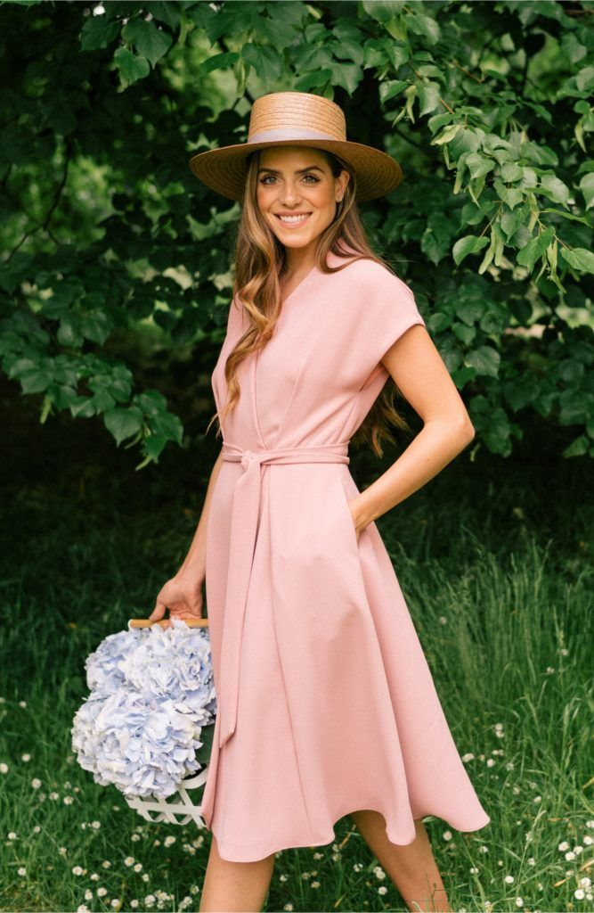 Glam English Garden Party (Habitually Chic) is part of English garden Fashion - I enjoy following the travels of Julia Engel, her husband Thomas Berolzheimer, and their art director Dulci Edge, as they photograph each Gal Meets Glam Collection  The July collection launching today