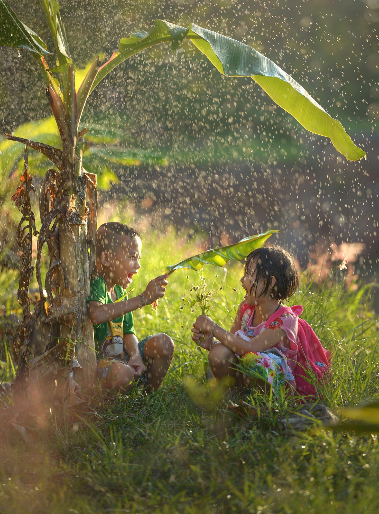Happiness On The Rain By Sarawut Intarob Rain Photography Nature Photography Photography