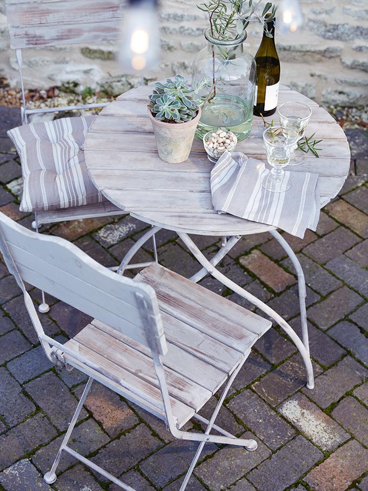 Natural Wooden Bistro Set - Outdoor Furniture - Outdoor Living & Natural Wooden Bistro Set - Outdoor Furniture - Outdoor Living | DIY ...