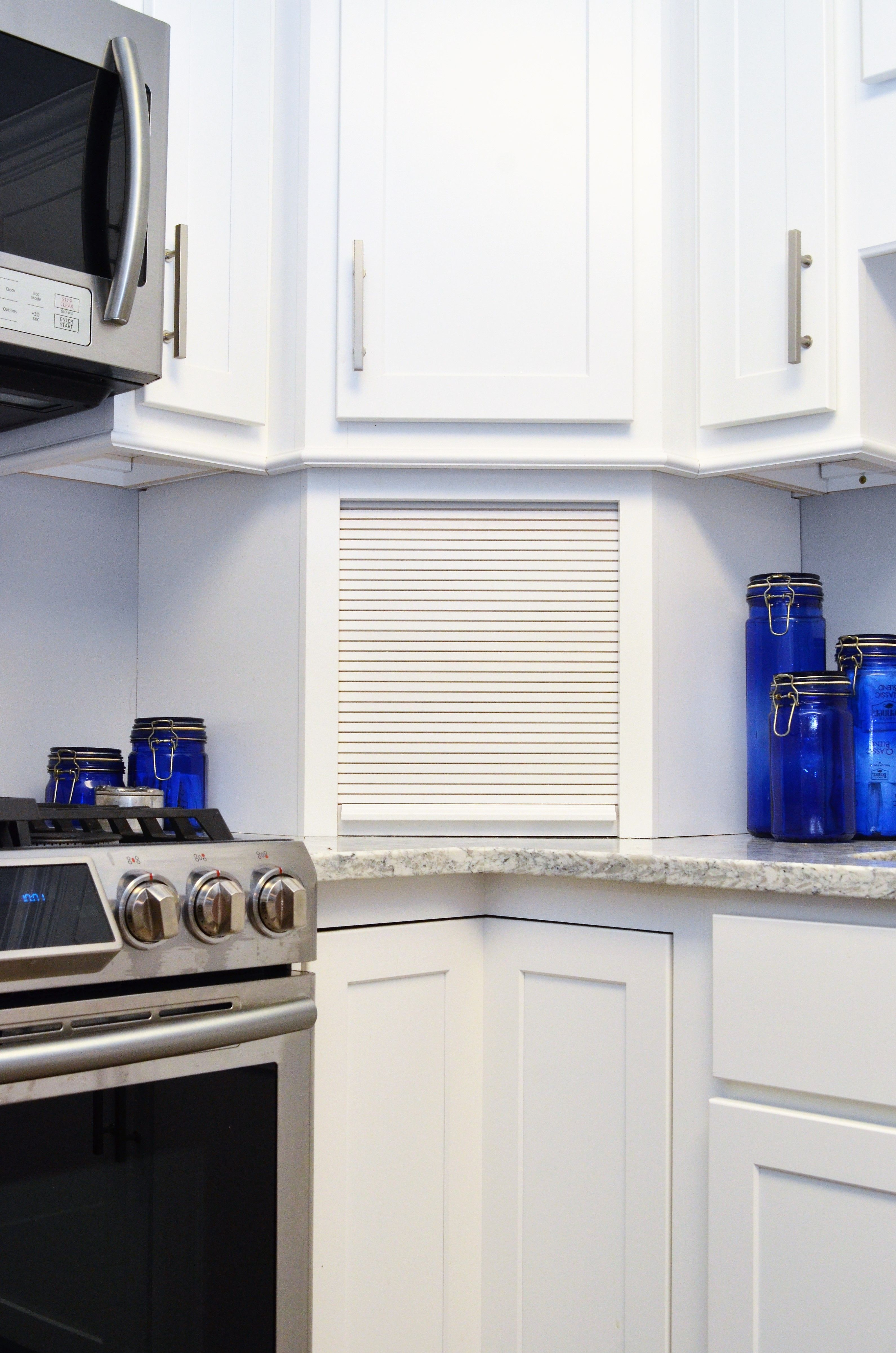 Baileytown Chesapeake Maple White | Kitchen cabinetry ...