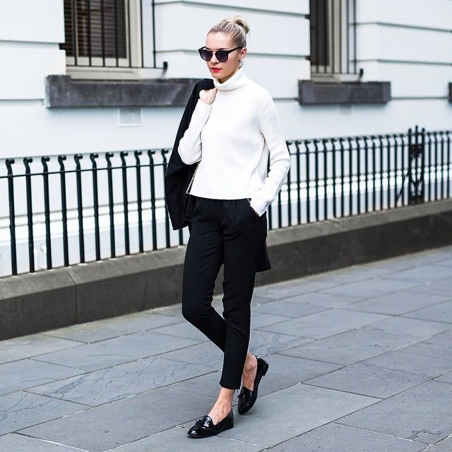Black And White Outfits | Black white outfit, Fashion, Casual