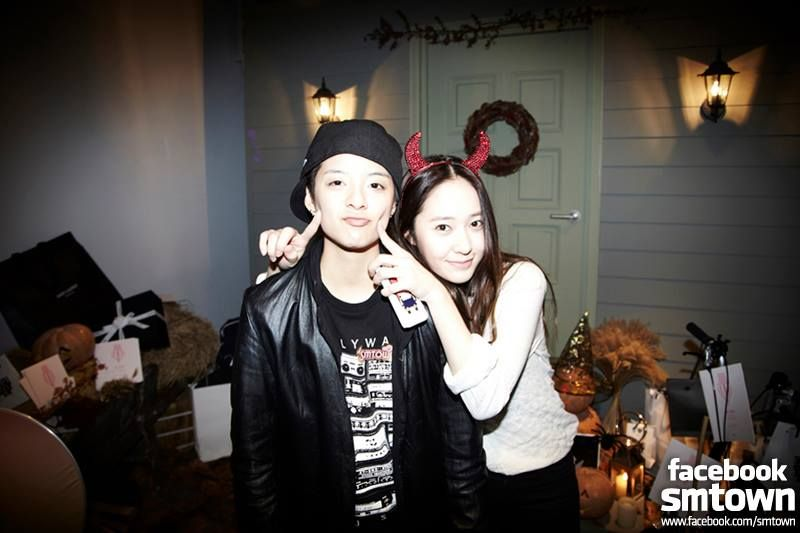 Amber & Krystal..<3   SM Entertainment Halloween Party ...