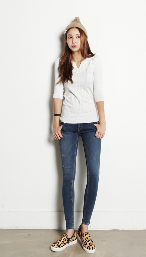"""ITSMESTYLE"" #kfashion#fall fashion#korean style#street fashion#simple#basic#chic#clothes"