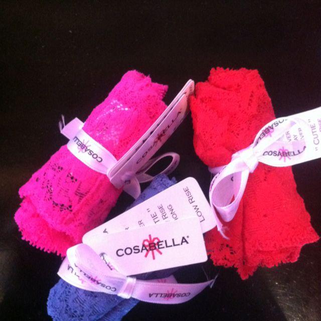 Strip loves Cosabella
