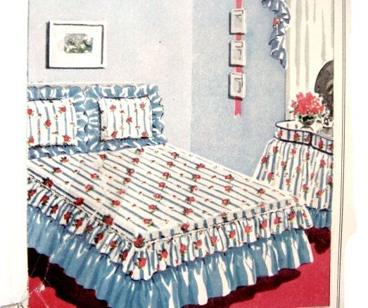 Vintage Bedroom Look: Double Bed Coverlet Petticoat And Pillow Shams AKA Bed  Skirt Cover And