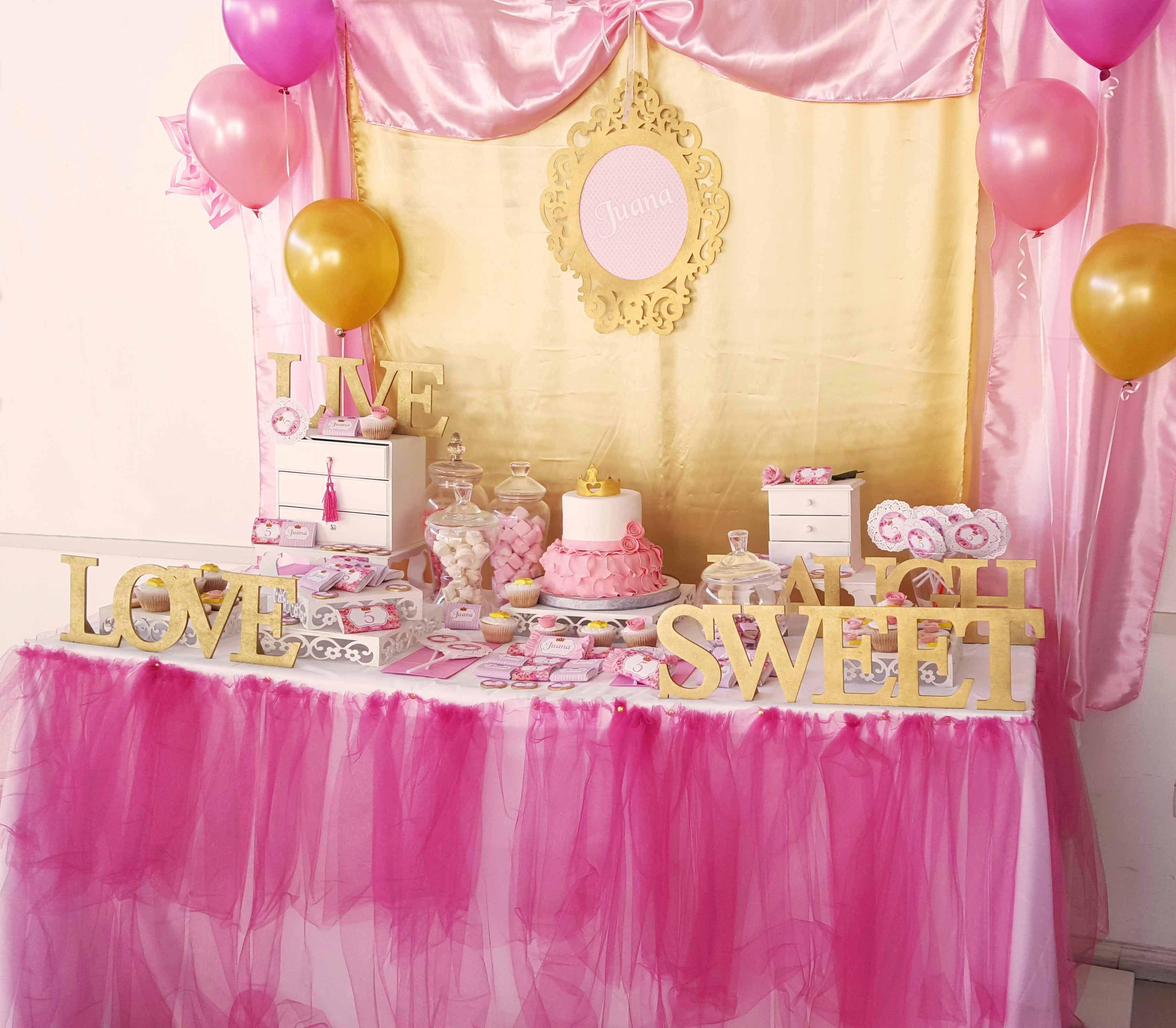Candy Bar Pink & Gold Una año mas junto a la princesa mas linda ...