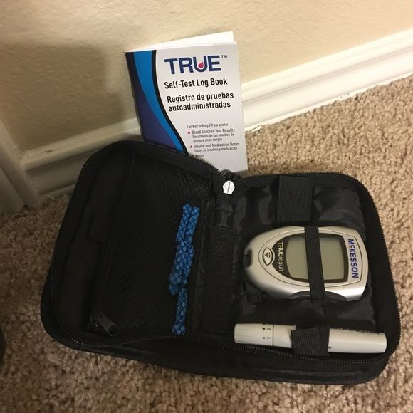 Glucose monitoring system TRUE comes with self-test log book to keep track of your recordings... Comes with 6 lancets (sample pack) no test strips in working condition Mckesson Other