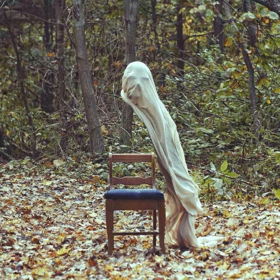 Bench Damen Surrealist B Mantel