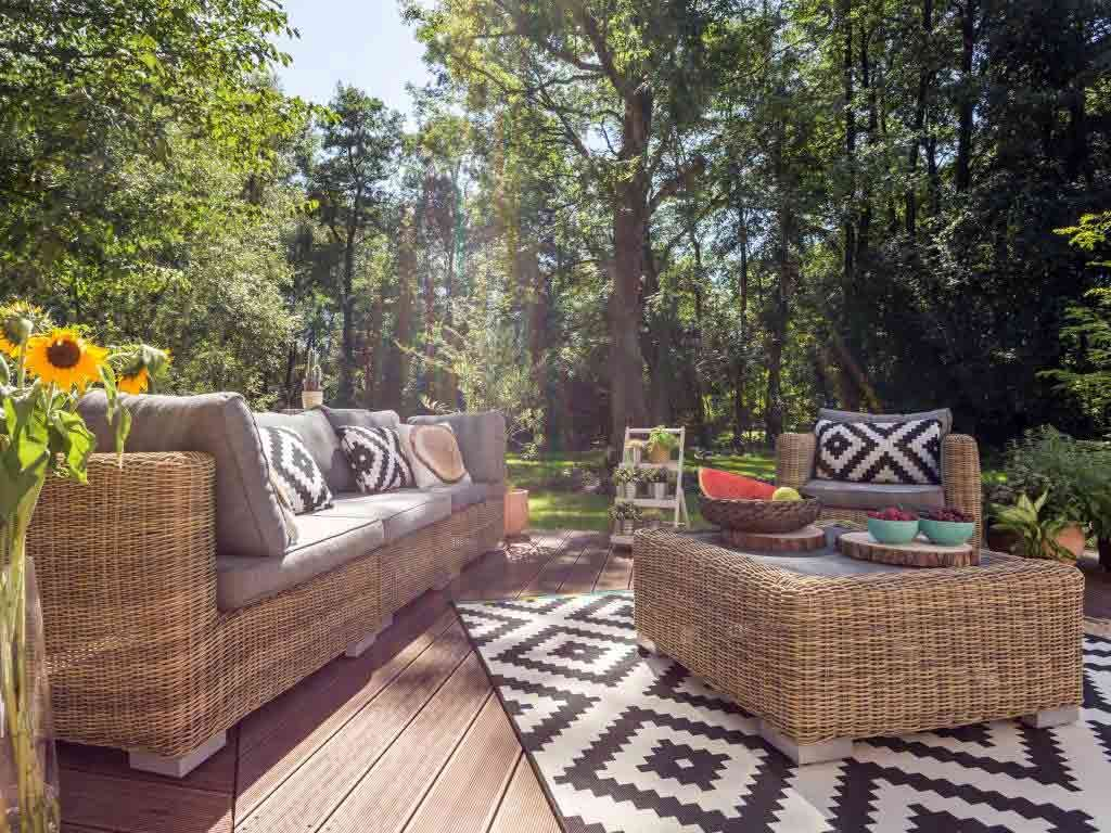 Den Garten In Ein Zweites Wohnzimmer Verwandeln Citynews Sitzecke Garten Gestalten Haus Deko