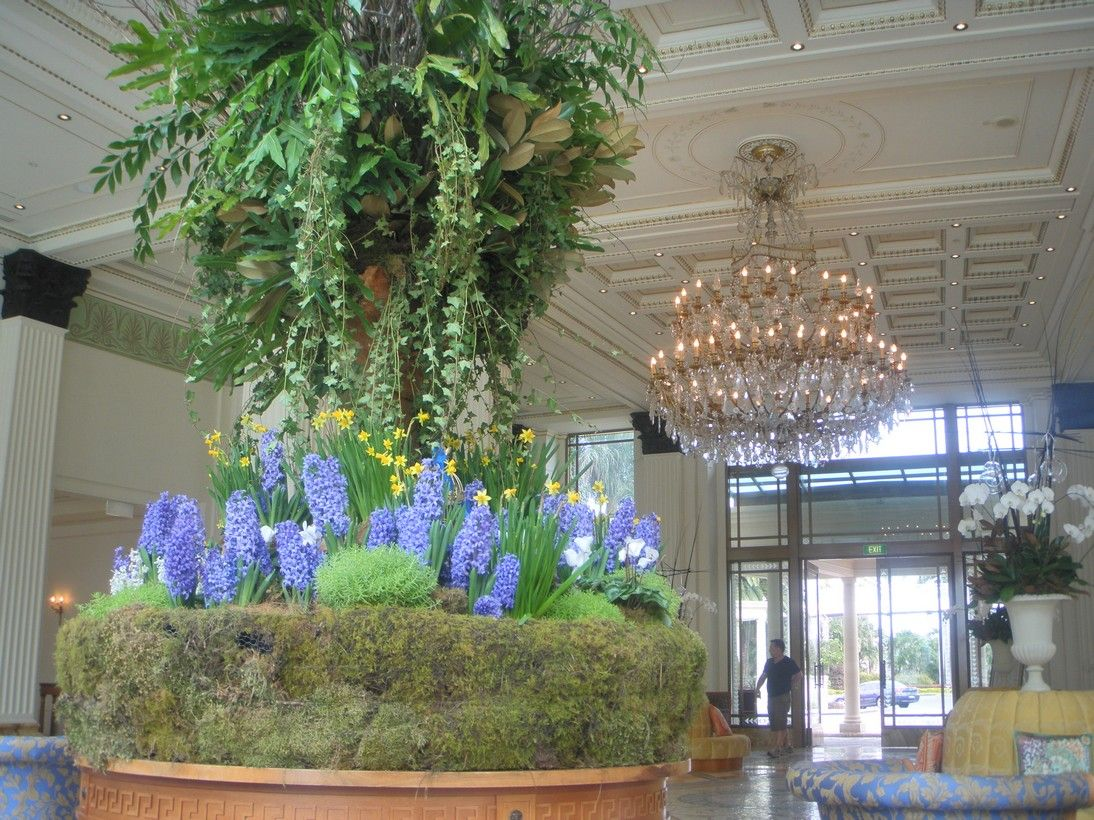 Lobby centrepiece at palazzo versace palazzo versace