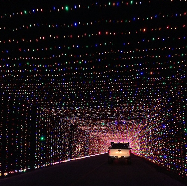 here are the top 10 christmas towns in texas they re magical grand prairie lights - Christmas Lights Grand Prairie Tx