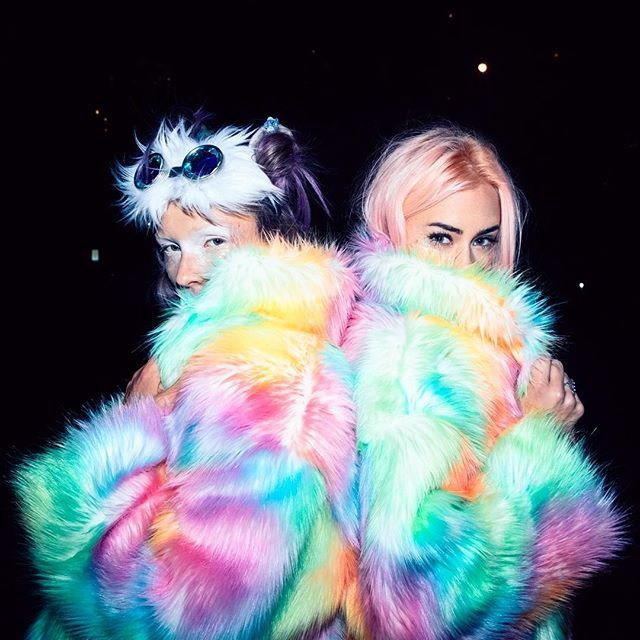 🍭Furry Friendz🍭 #Kandi Girlz gotta get ur fits for #EDC here👉🏽 DollsKill.com/JVal
