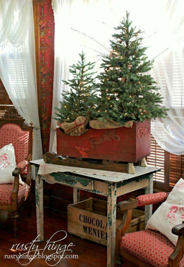 Love this look from years gone by Christmas Decorations