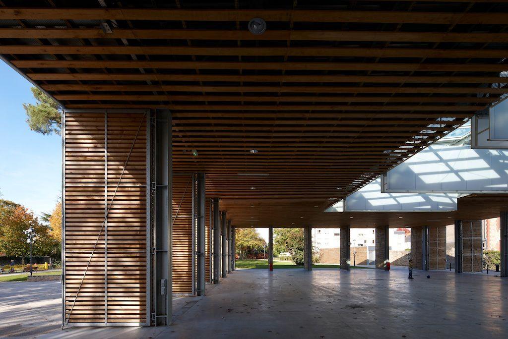 halles de march halle architecture and public spaces. Black Bedroom Furniture Sets. Home Design Ideas