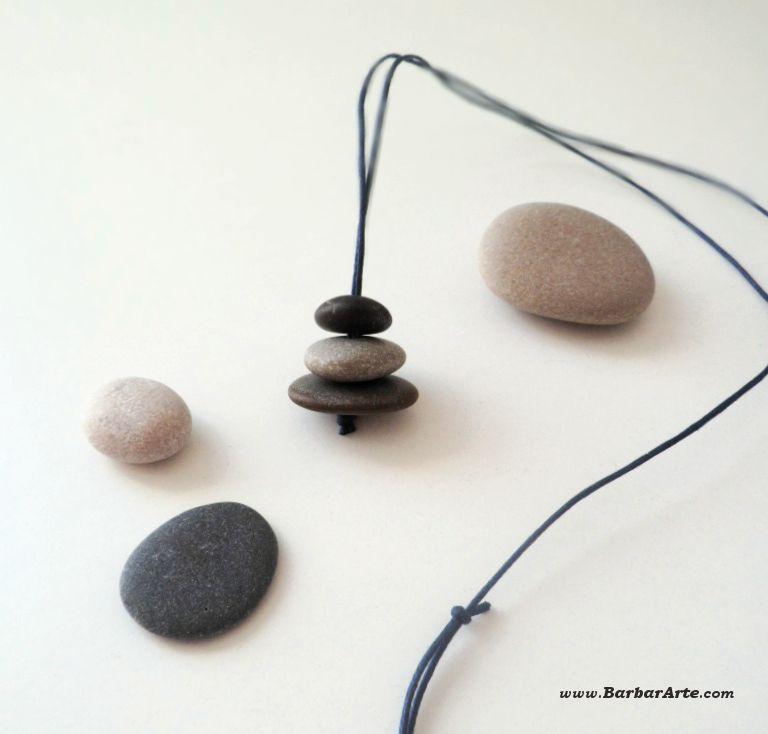 Colgante zen hecho a mano de piedras naturales pulidas for Piedras naturales