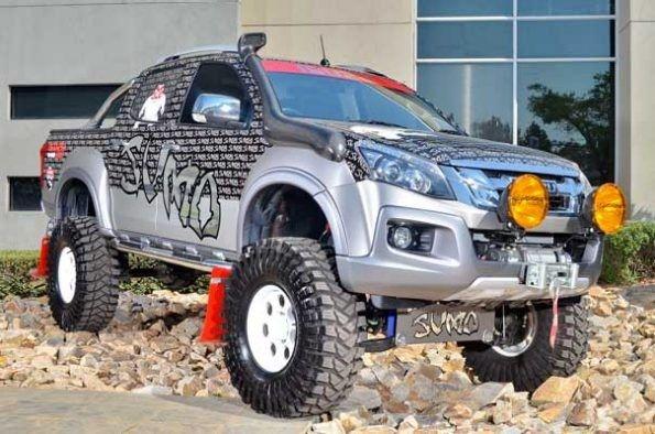 Isuzu Sumo Bakkie Opel Monster Trucks Mascot
