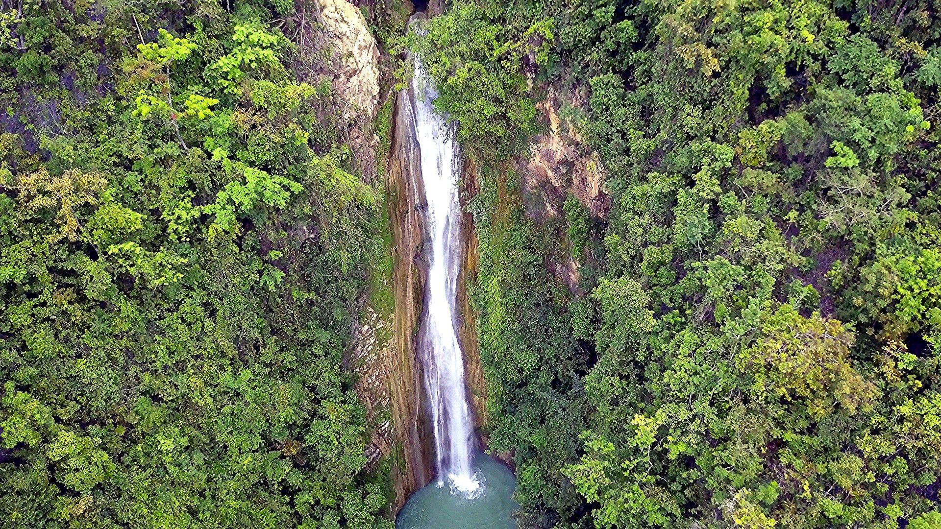 Mantayupan Falls, Barili, Cebu, Philippines #Cebu #Philippines #Waterfalls - Philippines
