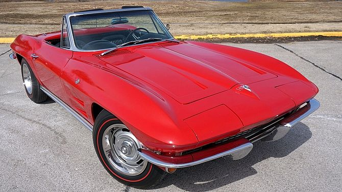 1964 Chevrolet Corvette Convertible 327 365 Hp 4 Speed Mecum Auctions Corvette Convertible Chevrolet Corvette Corvette