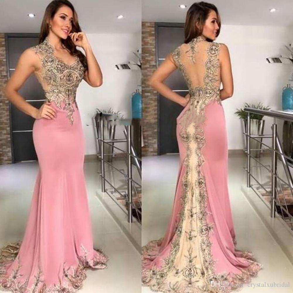 Compre Vestidos De Fiesta De Gasa Rosa Preciosos Una Línea De Cabestro Con Cuentas Principales Con Volantes Plisados Vestidos Formales De Noche Vestido Largo En 2020 Vestidos De Fiesta De